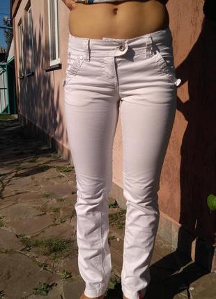 Светлые котоновые джинсы edc by esprit