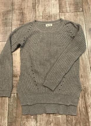 Продам свитер new look