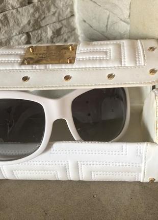 Очки солнцезащитные женские в белой оправе versace оригинал италия