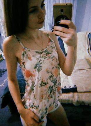 Блуза / майка в квіти // обмін чи продаж
