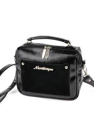 Черная маленькая прямоугольная сумка кроссбоди через плечо с замшевой вставкой