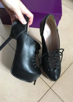 Ботинки sasha fabiani кожа р 36