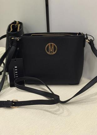 Маленька сумочка чёрная сумка с длиной ручкой. mohito.