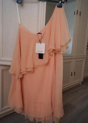 В наличии персиковое платье от vila clothes