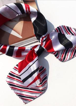 Шелковый платок в полоску красный белый черный на шею на голову