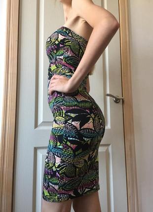 Эффектное платье new look