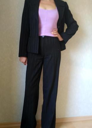 Классический брючный костюм lilit collection черный шерстяной