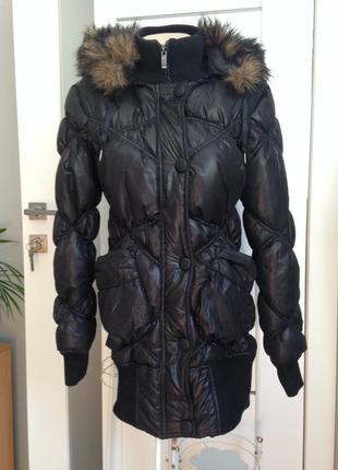 Куртка пуховик размер хс-с stradivarius