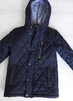 Демисезонная куртка reserved 122см на 6 лет