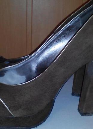 Туфли medea замш темно коричневые 39 разм. идеальное состояние