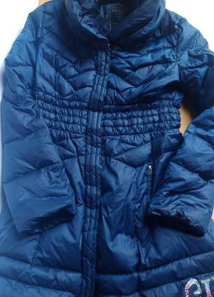 Натуральный зимний пальто  пуховик guess
