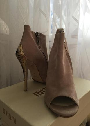 Замшевые ботильоны, летние, ботинки, туфли vero cuoio