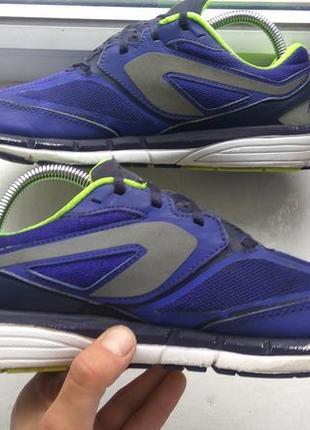 Продам спортивные кроссовки kalenji 39p