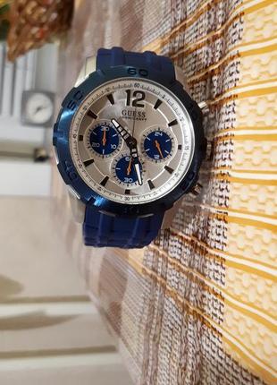 Часы мужские(унисекс) guess w0865g6