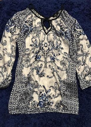Блуза с интересным орнаментом и открытыми плечиками avant-premiere {размер 8/s/36}
