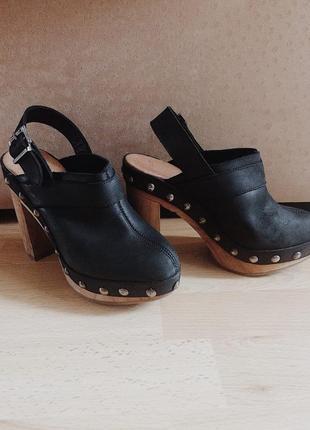Ботинки ботильоны туфли на платформе высоком каблуке кожаные сабо мюли с заклепками