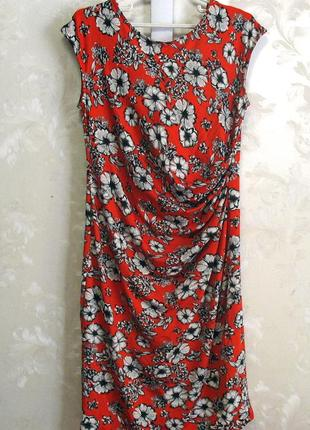 Яркое платье m&co