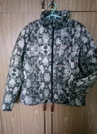 Лёгкая осенняя куртка курточка reserved