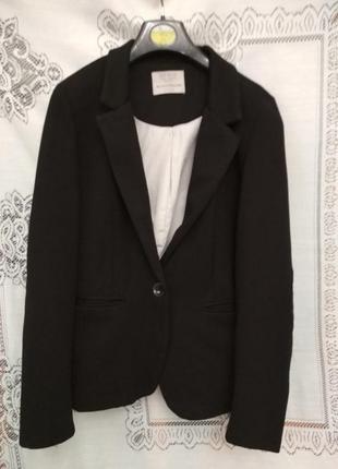 Чёрный трикотажный пиджак zara 11-12 лет