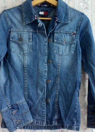 Джинсовая куртка пиджак от tommy hilfiger, разм.s