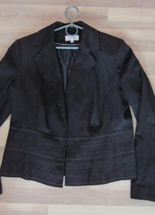Жакет, пиджак под замшу с вышивкой