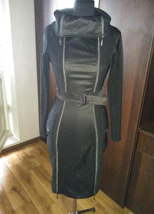 Класична чорна сукня