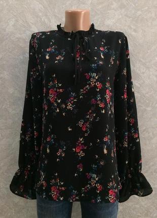 Блуза в цветы с рюшами peacocks