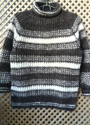 Шерстяный толстый свитер