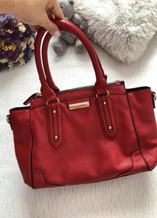 Красная сумка среднего размера эко кожа , экокожа