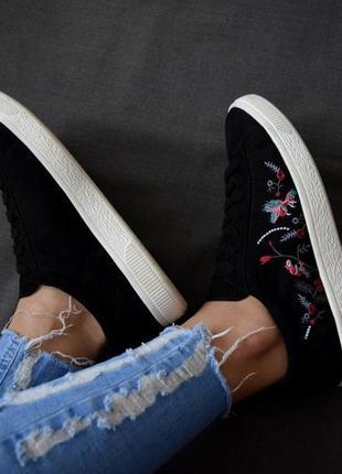 Кроссовки с вышивкой new look