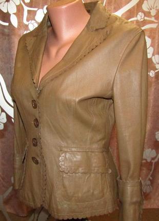Женская кожаная куртка-пиджак mango на пуговках, молочный шоколад, размер м, 499 грн