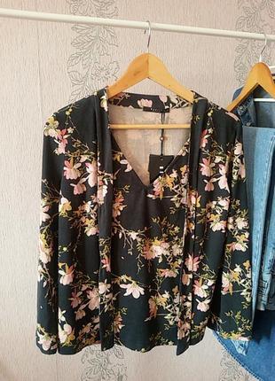 Блуза в цветочный принт mohito