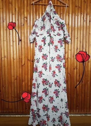 Шифоновое платье с открытыми плечиками и оборками в цветочный принт от h&m.
