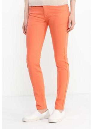 Яркие стильные брюки dorothy perkins