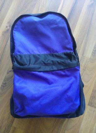 Рюкзак фиолетовый и чорний