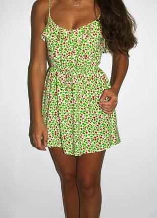 Платье h&m - яркое - в малинках! --огромный выбор платьев --