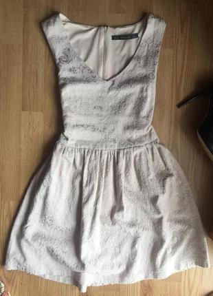 Шикарное платье из жаккарда