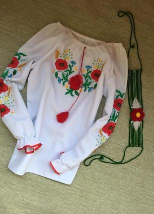 Вышиванка в комплекте с головным убором