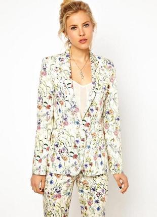 Трендовый блейзер пиджак с цветочным принтом