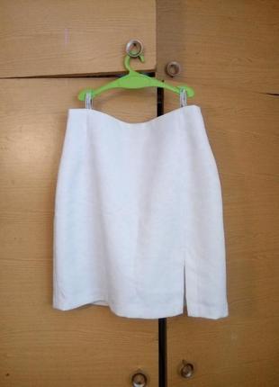 Белая фактурная юбочка c&a