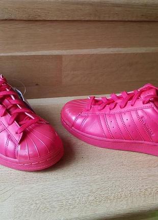 Женские кроссовки adidas superstar red