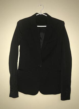 Черный жакет пиджак