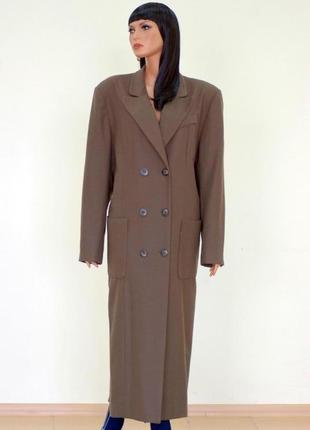 Очень крутое пальто крем