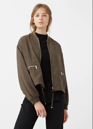 Новый бомбер куртка-ветровка mango