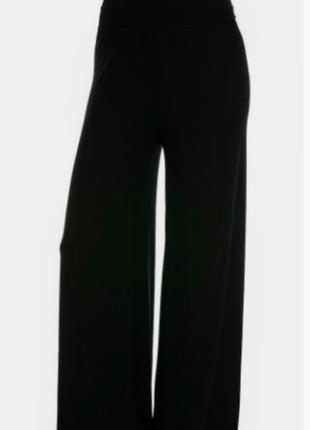 Трендовые штаны-палаццо