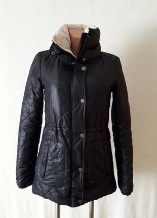 Стильная деми куртка парка фирмы only p. xs