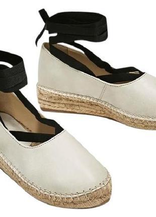 Кожаные еспадрильи на шнуровке соломка платформа