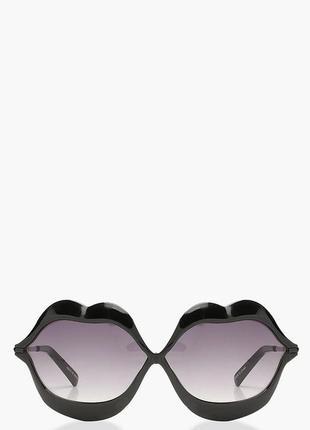 Boohoo. оригинал. солнцезащитные очки.