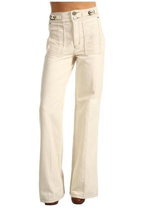 Широкие плотные джинсы