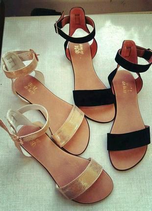 Легкие натуральные кожаные женские босоножки сандалии
